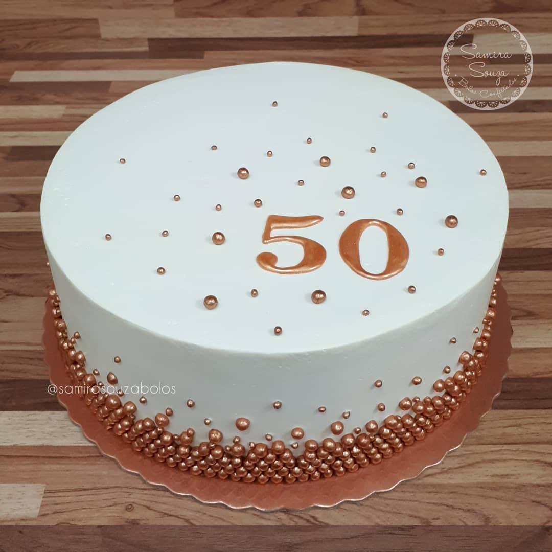 bolo 50 anos Simples