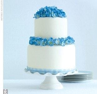 Bolo Azul e Branco Simples