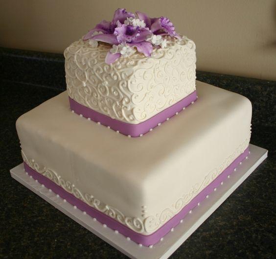 bolo de casamento quadrado 2 andares