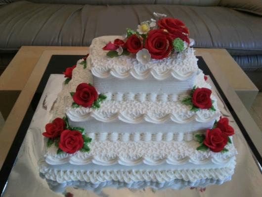 bolo de casamento quadrado Com Chantilly