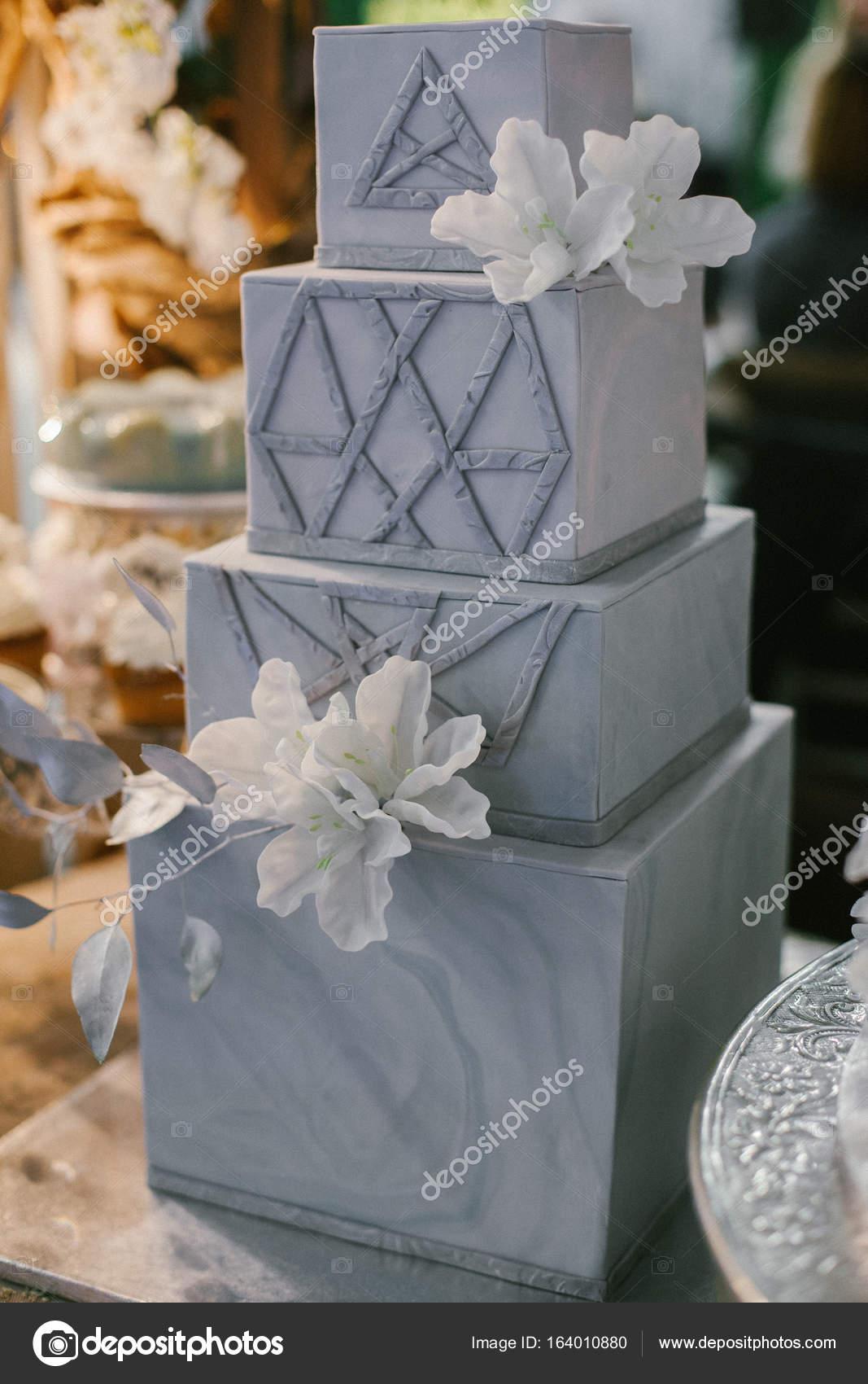 bolo de casamento quadrado Luxo