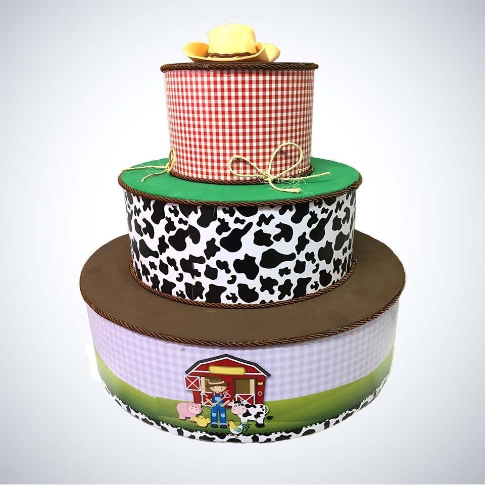 bolo fake fazendinha Simples
