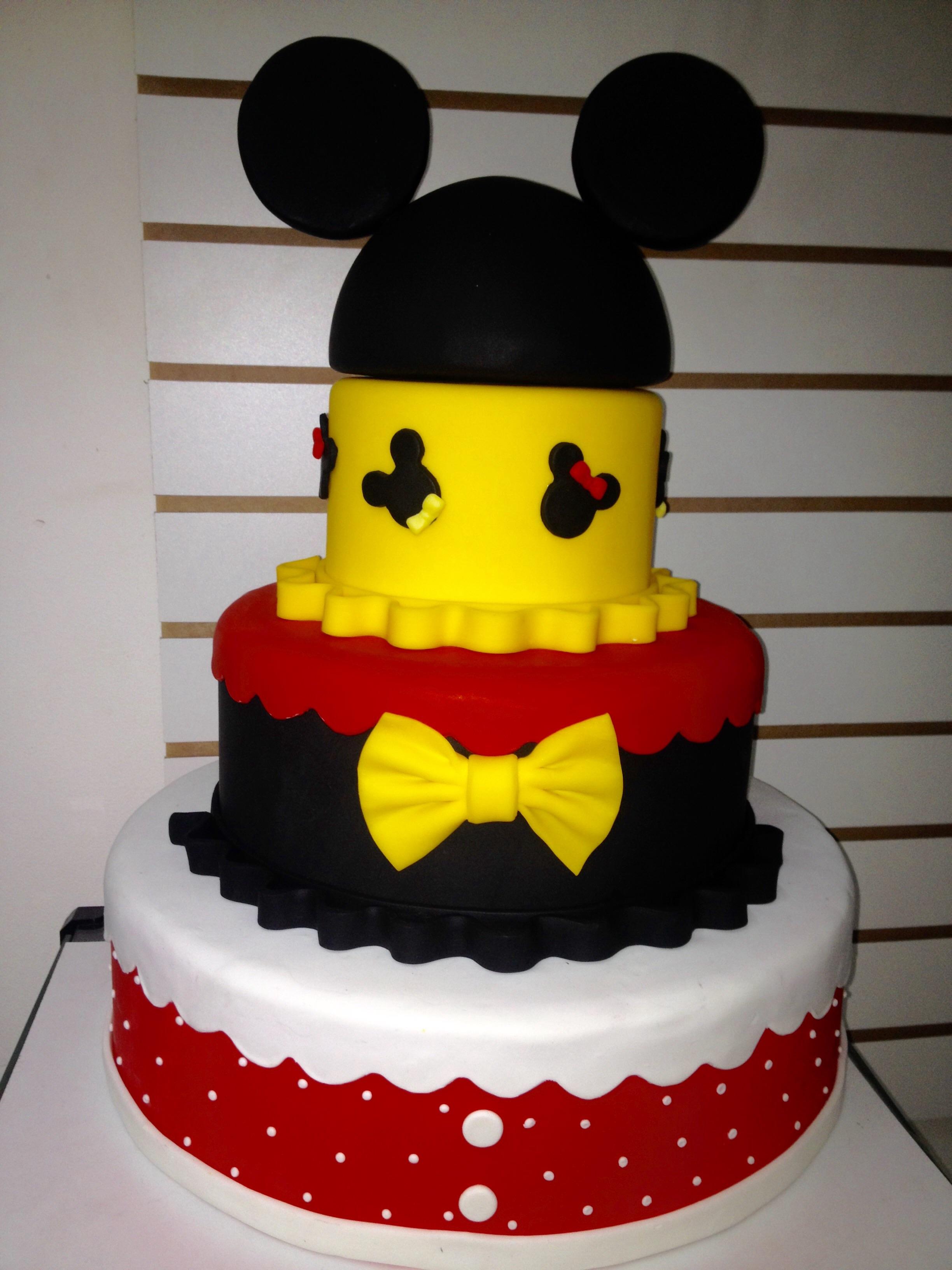 bolo fake minnie E Mickey