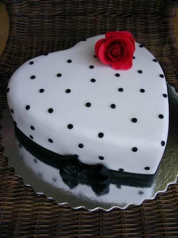 bolo preto e branco Feminino
