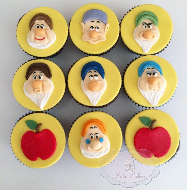 cupcake branca de neve E Sete Anões