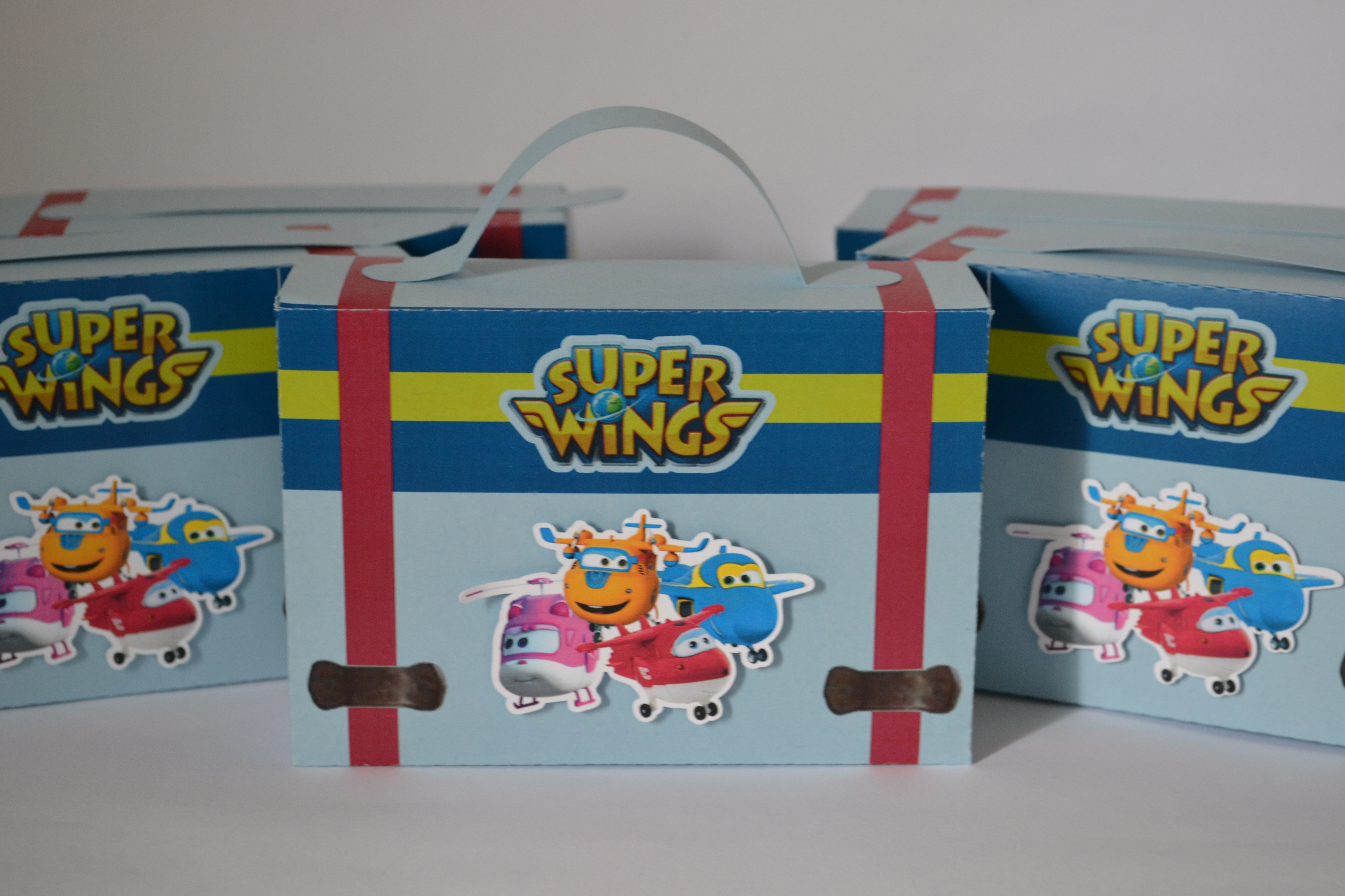 lembrancinha super wings Maletinha