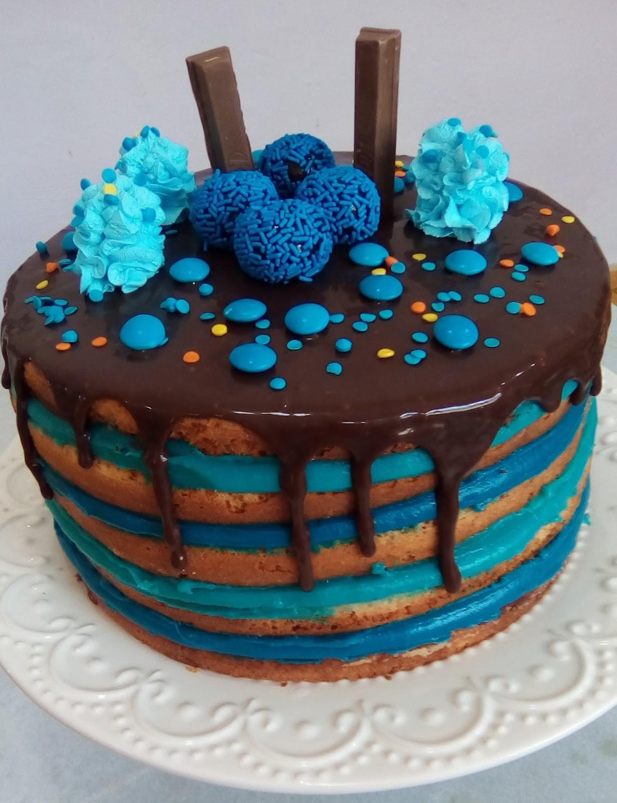 bolo azul tiffany Simples