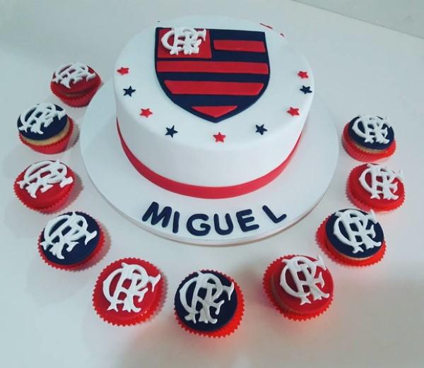 bolo de aniversario infantil Flamengo