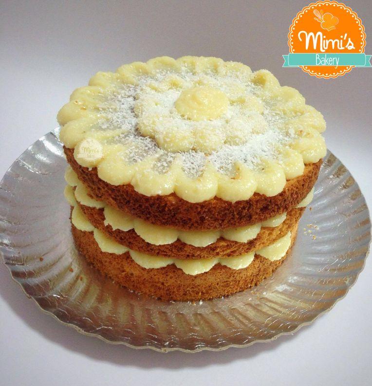 bolo de aniversario simples Leite Ninho