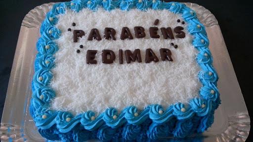 bolo de aniversario simples Para homem
