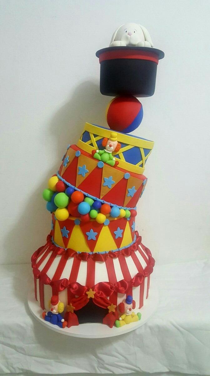 bolo fake circo Luxo
