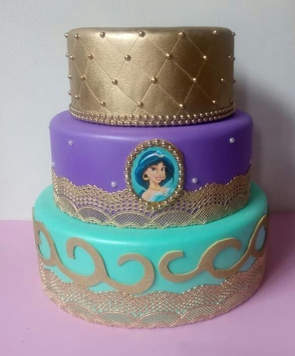 bolo fake princesa Jasmine