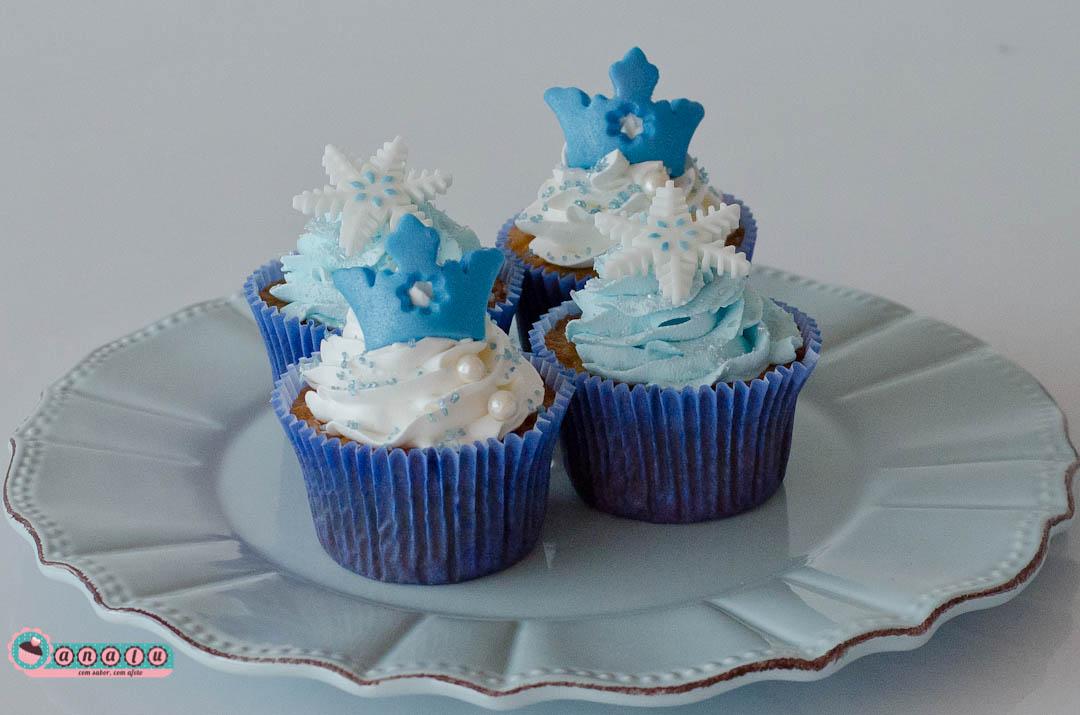 cupcake da frozen Com Chantilly