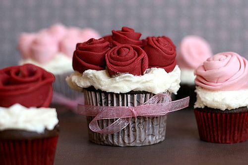 cupcake para casamento Vermelho e Branco