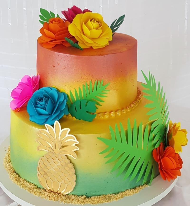 Bolo Tropical Com Flores