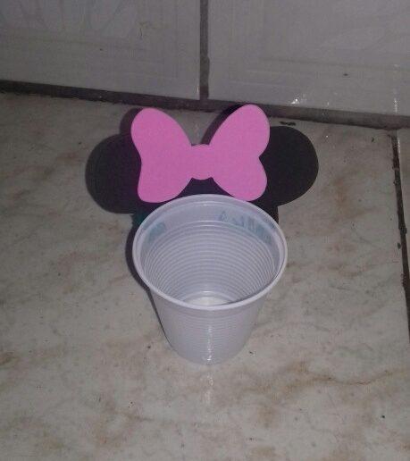 Lembrancinha Com Copo Descartável Minnie