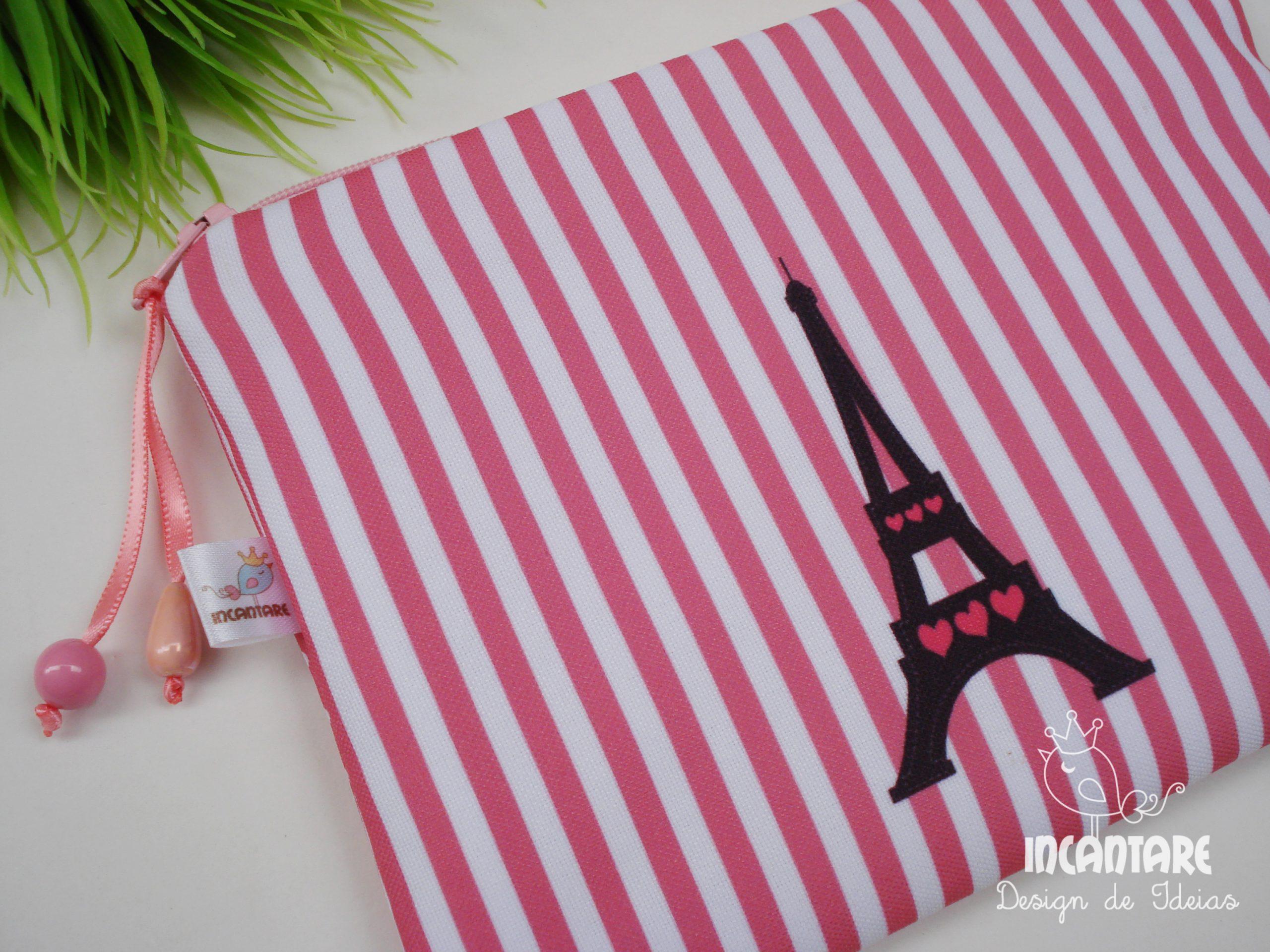 Lembrancinha Tema Paris Necessaire