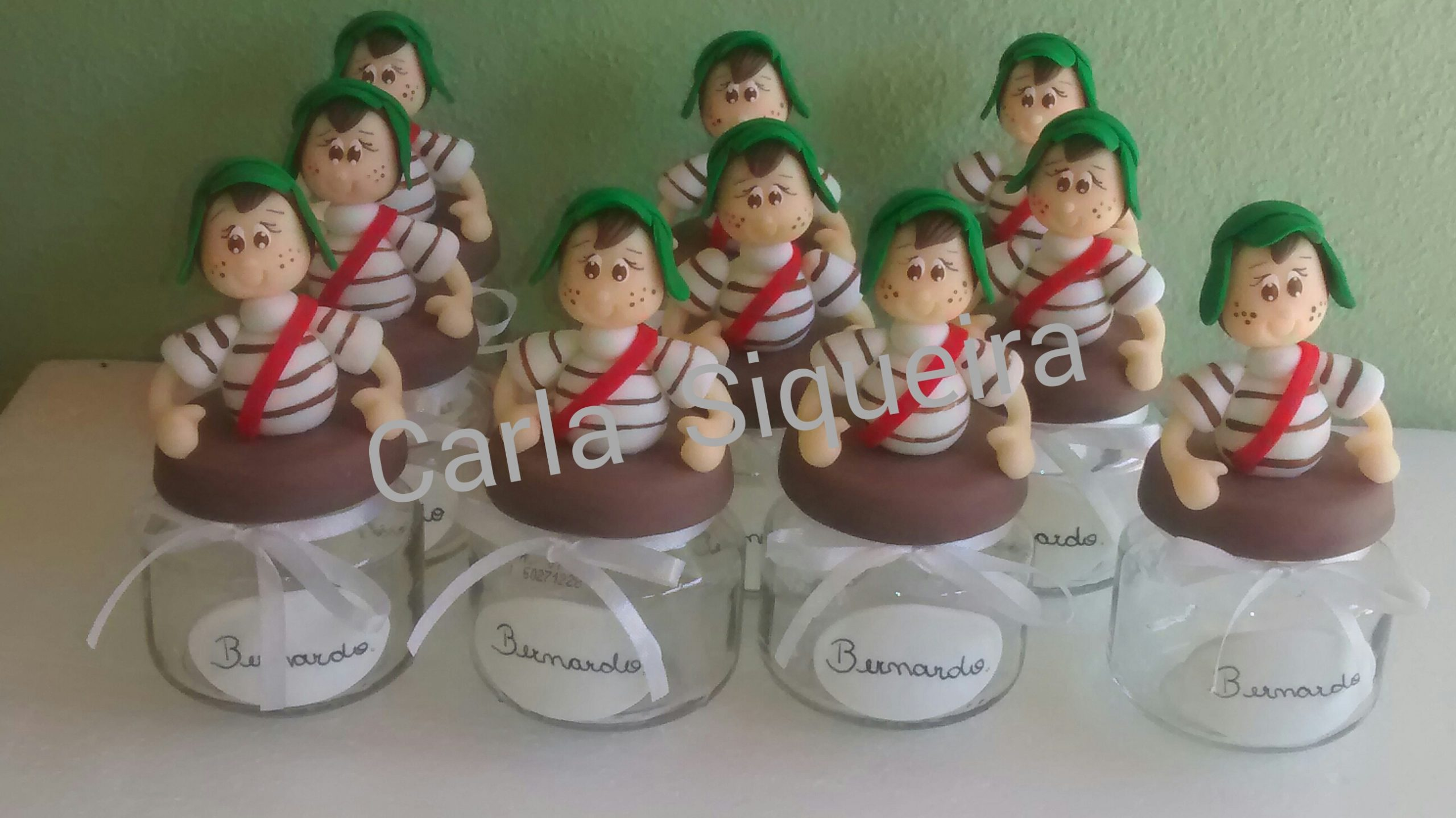 Lembrancinha do Chaves Em Biscuit
