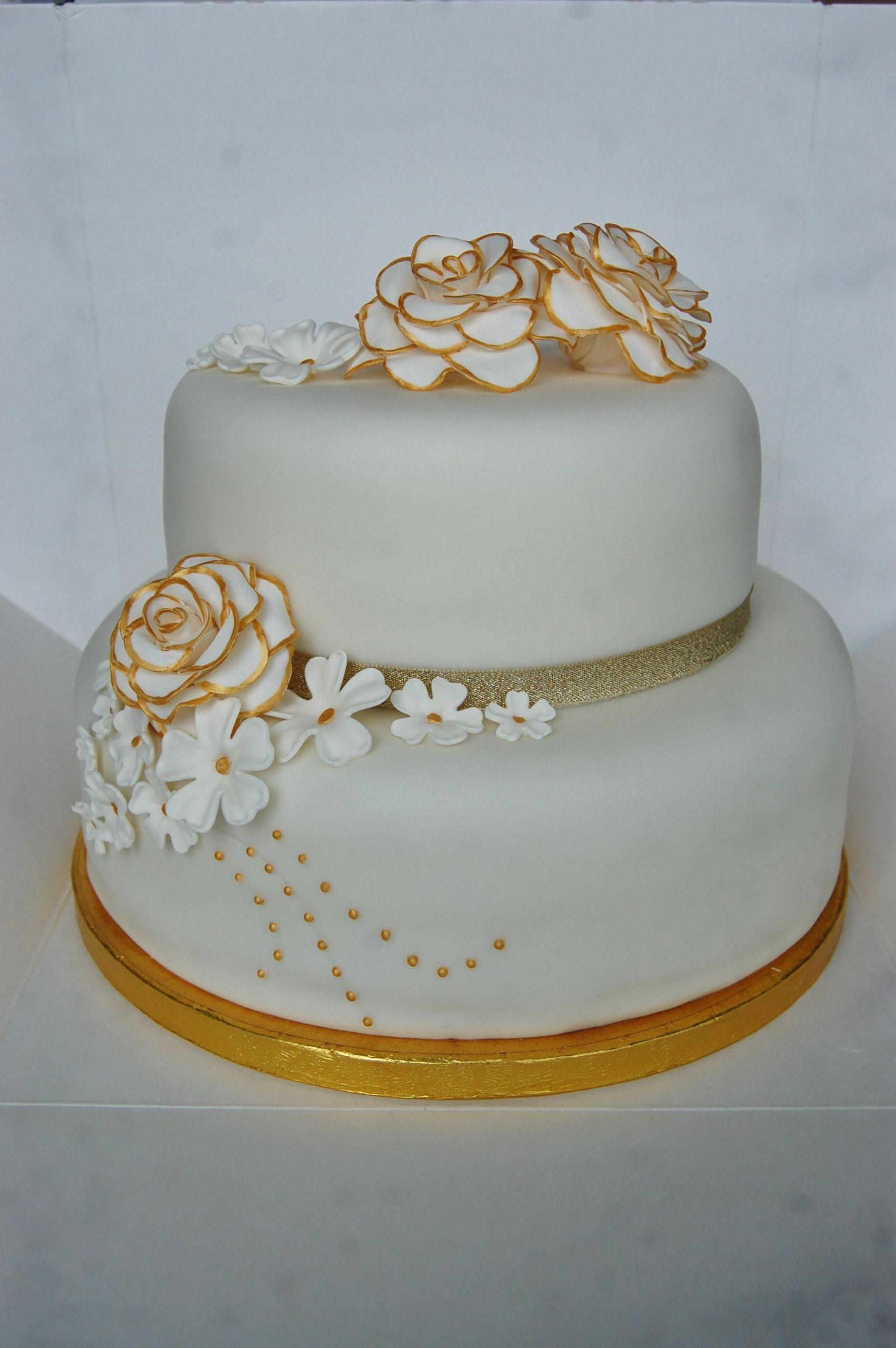 Bolo de bodas de prata Dourado