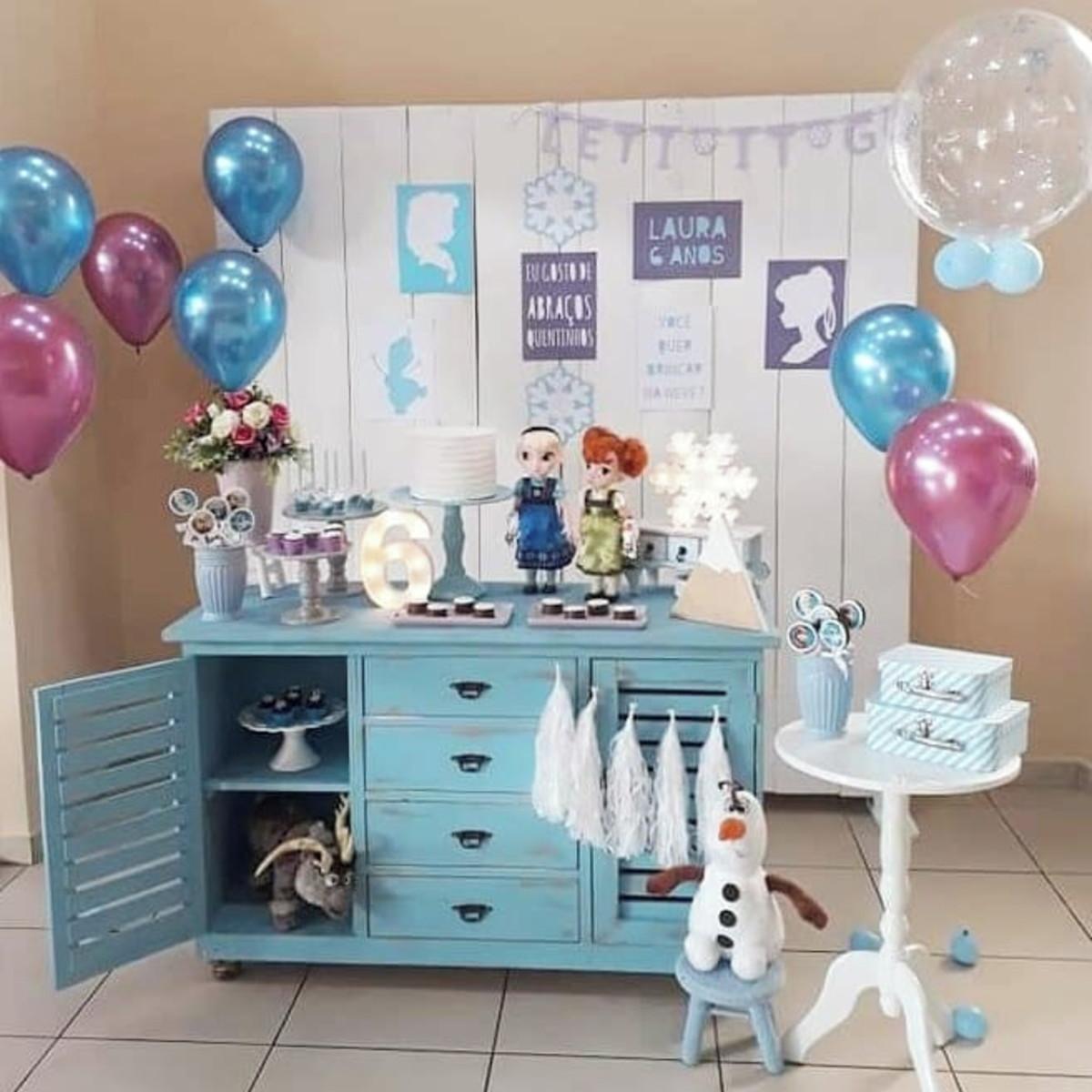 Festa de aniversário simples Da Frozen