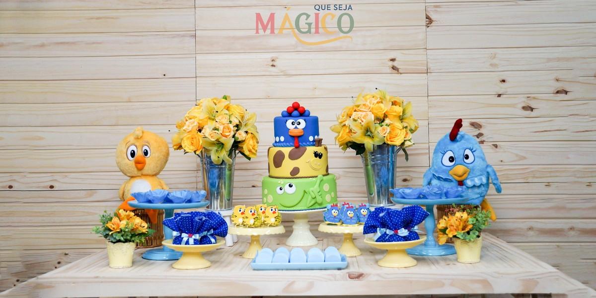 Festa de aniversário simples Galinha Pintadinha