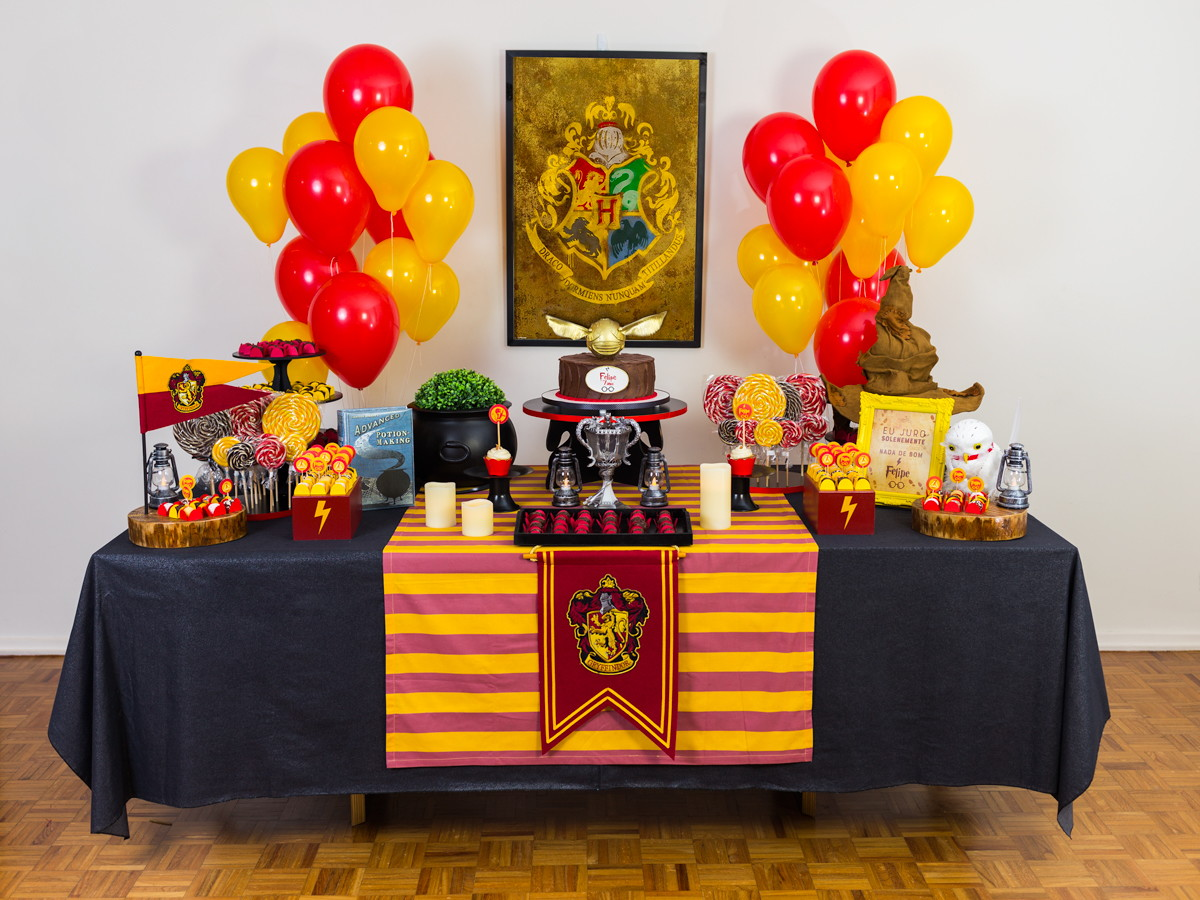 Festa de aniversário simples Harry Potter