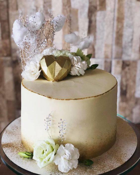 Bolo de bodas de algodão Chantilly