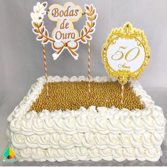 Bolo de bodas de ouro Chantilly