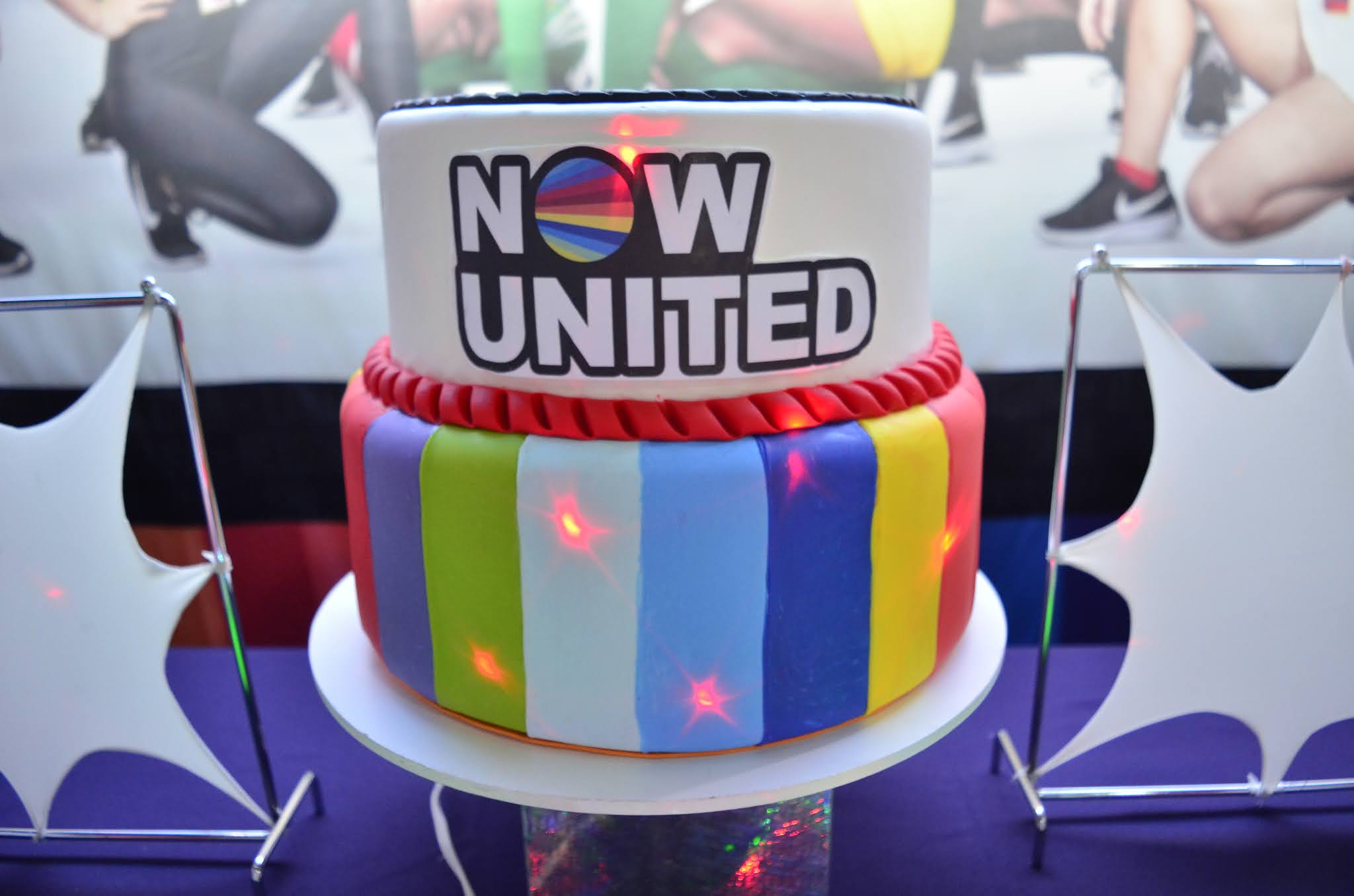 Bolo Now United Dois Andares