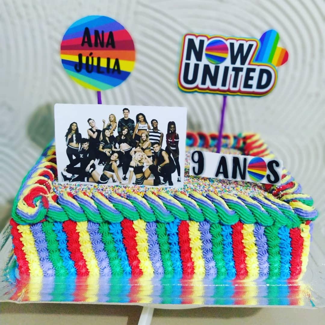 Bolo Now United Quadrado