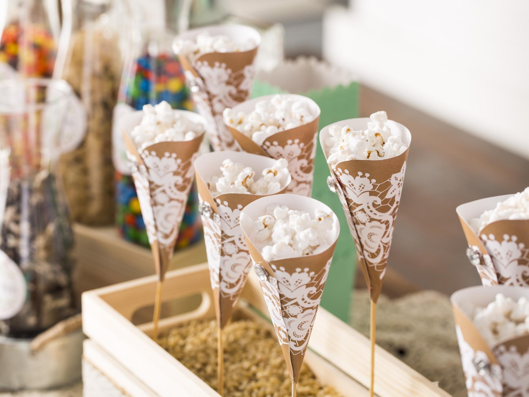 Como fazer Cone de papel Para Pipoca