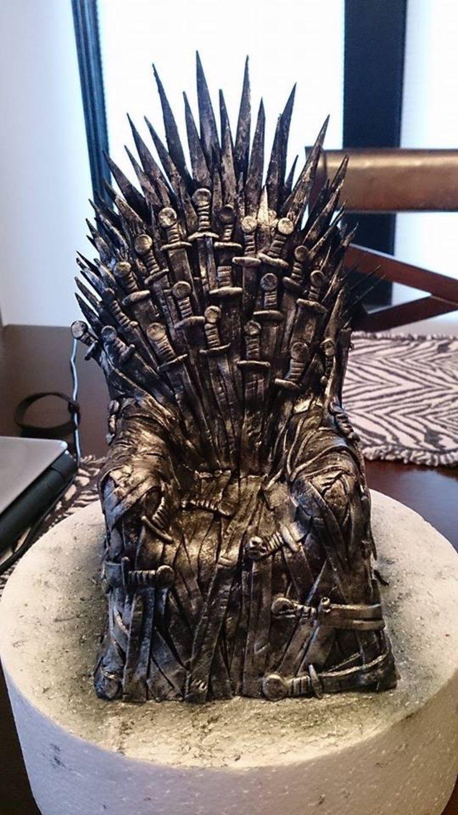 Bolo Game Of Thrones Topo para imprimirBolo Game Of Thrones <img class=