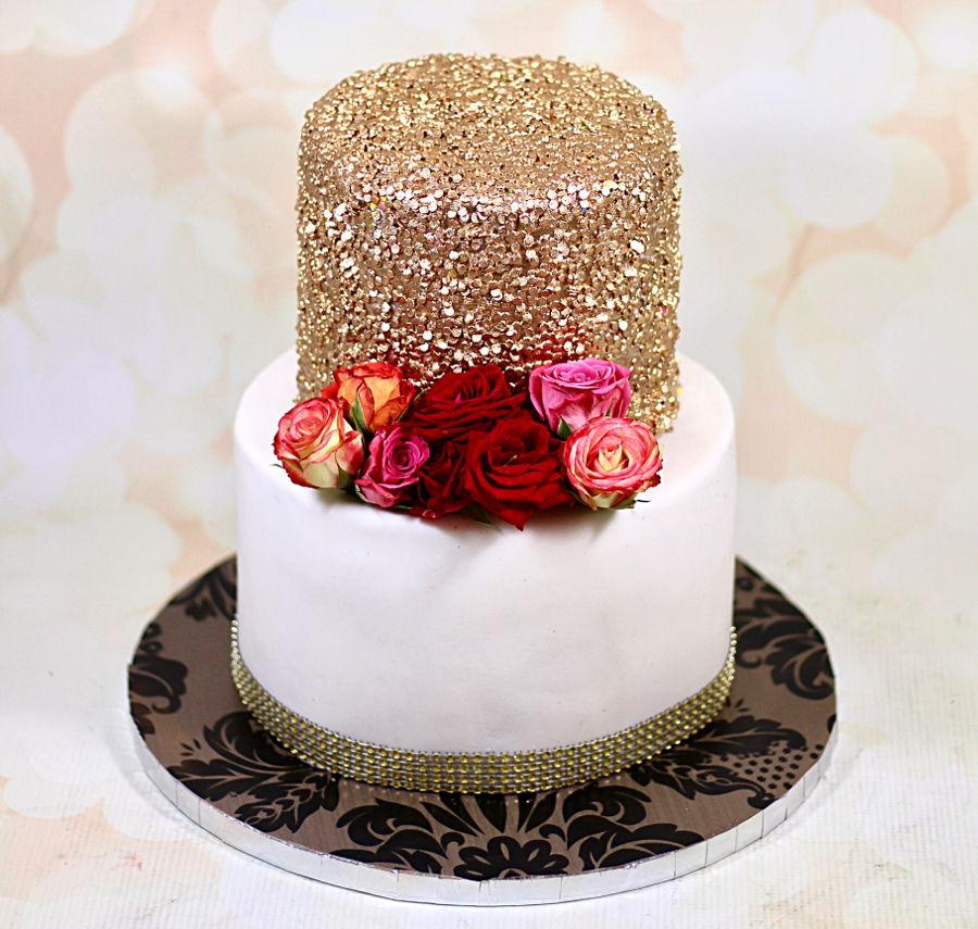 Bolo Glow Cake Dourado