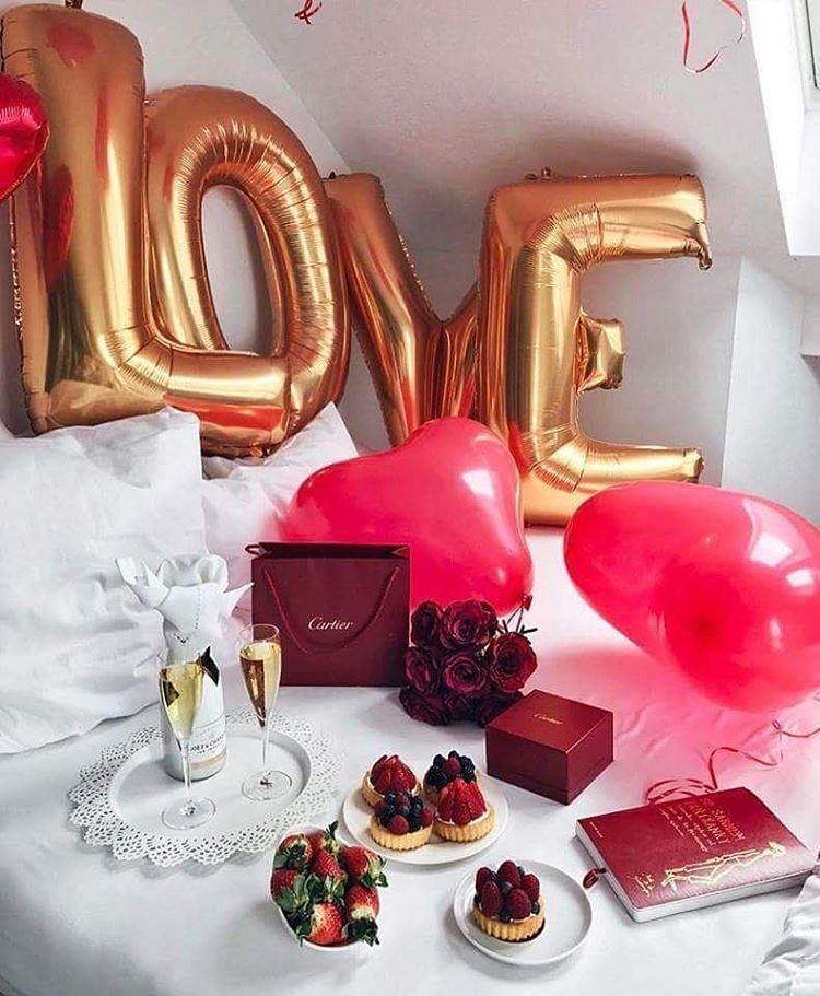 Surpresa para Namorada Quarto